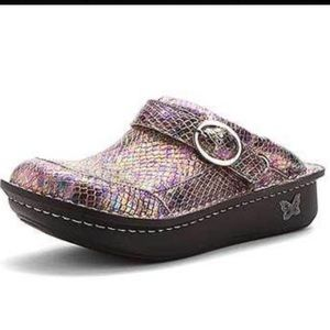 ALEGRIA  SEV218 Seville Shimmer Me Timbers Clogs